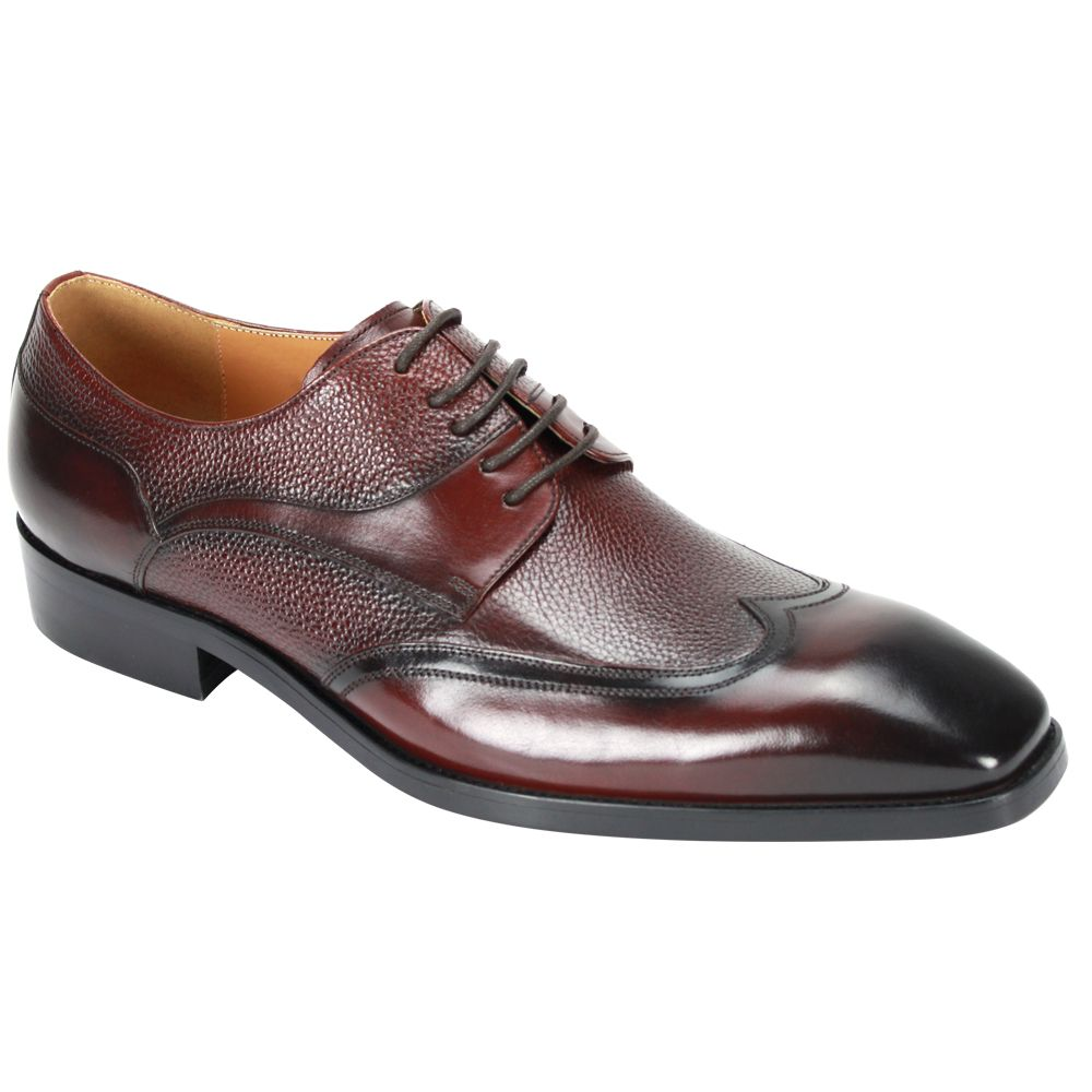 Giovanni Men's Leather Dress Shoe - Textured Winged Tip