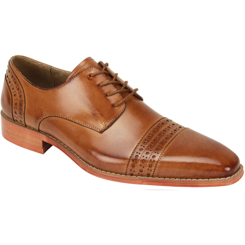 Giovanni Men's Outlet Leather Dress Shoe - Triple Perforated Stripe